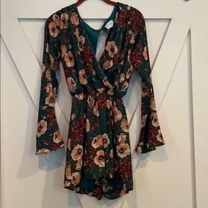 Everly Floral silky romper